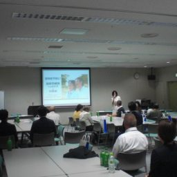 企業さまご依頼による「快眠&ヘッドマッサージ講座」を東京都町田市で行いました。