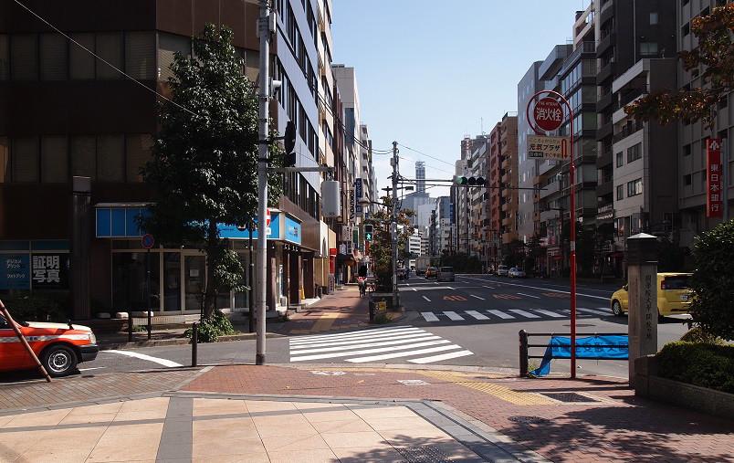 【5】一休のひらめき飯田橋A5出口写真屋さん方向へ